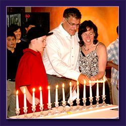 Premier entertainment custom candle lighting a medley of up tempo jewish music is played as the barbat mitzvah child calls up friends and relatives to light candles please note that the client is aloadofball Gallery